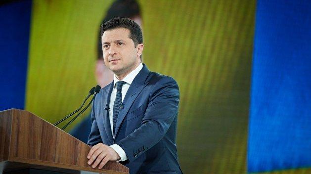 Зеленский хочет раздать украинцам «экономические паспорта»
