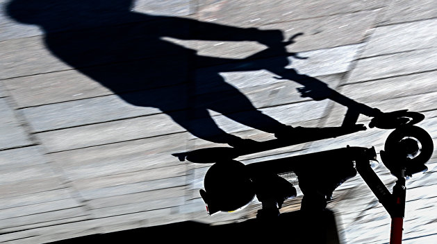 «Тихая смерть». Электросамокаты заставили россиян и украинцев задуматься о правилах дорожного движения