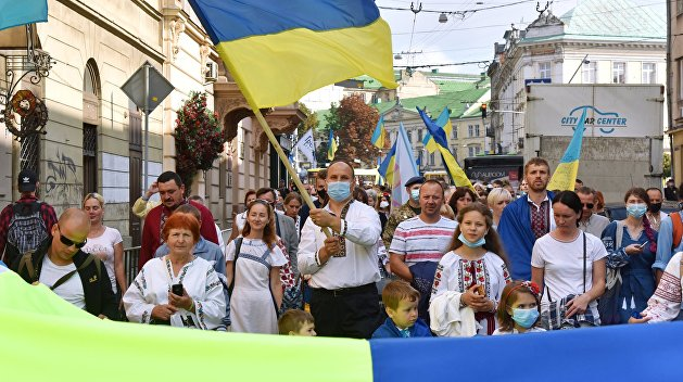 Западноукраинский эксперт объяснил, почему Львов, Тернополь и Ивано-Франковск захотели отделиться