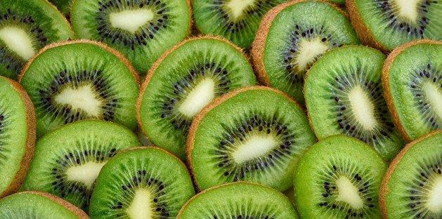 Диетолог перечислила помогающие побороть старение фрукты