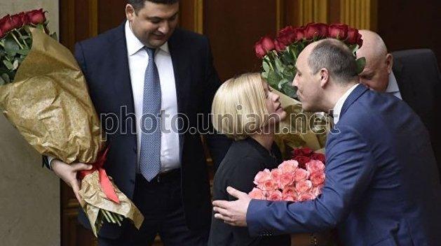 «Справедливости ради вы делали то же самое»: Ирина Геращенко позавидовала чужим цветам