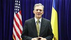 Эксперт объяснил, зачем США направили в Киев Кента, курировавшего НАБУ
