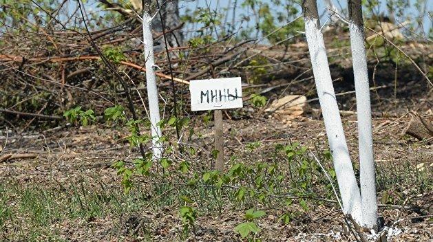 В Станице Луганской взрываются украинские мины