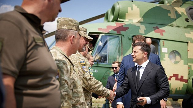 Эксперт объяснил, может ли Россия победить украинский режим невоенными методами