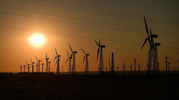 Украинцы будут платить больше: под давлением еврокредиторов отменен акциз на «зеленую энергию»