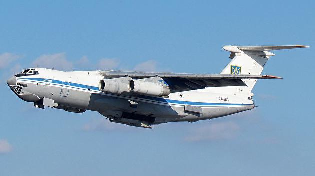 Отправленный в Афганистан украинский самолет застрял в Омане