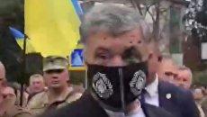 Обливания зеленкой: представитель Зеленского жестко ответил Порошенко