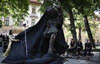 «Каждый увидит что-то свое»: во Львове установили необычный памятник сыну Моцарта