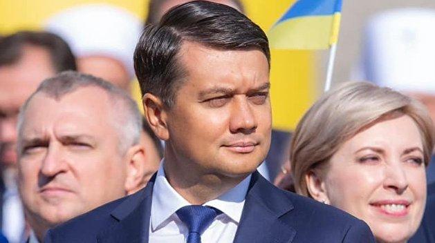 Разумков выступил против второго срока Зеленского