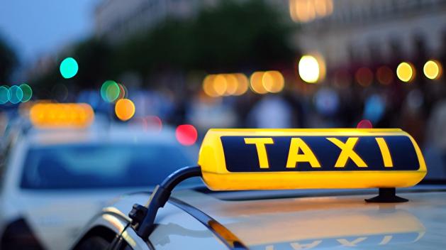 Киевские таксисты прикидывались полицейскими, чтобы получить «выкуп» с наркодилеров