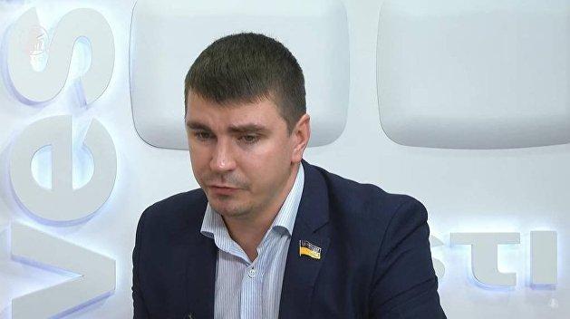В крови умершего депутата Полякова нашли алкоголь и метадон