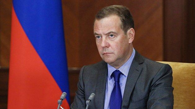 Вакаров раскрыл скрытый смысл статьи Медведева об Украине