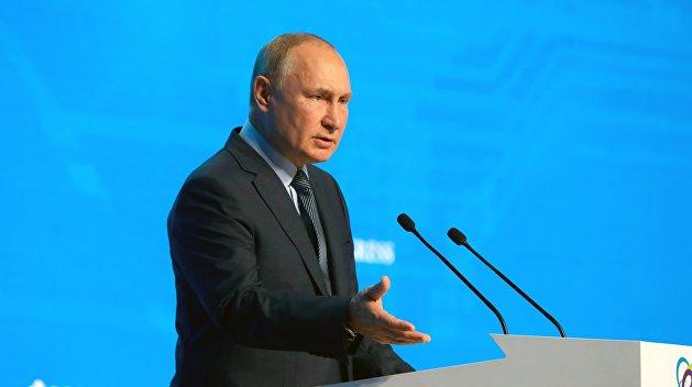 Путин назвал безответственными украинских политиков, призывающих национализировать газ